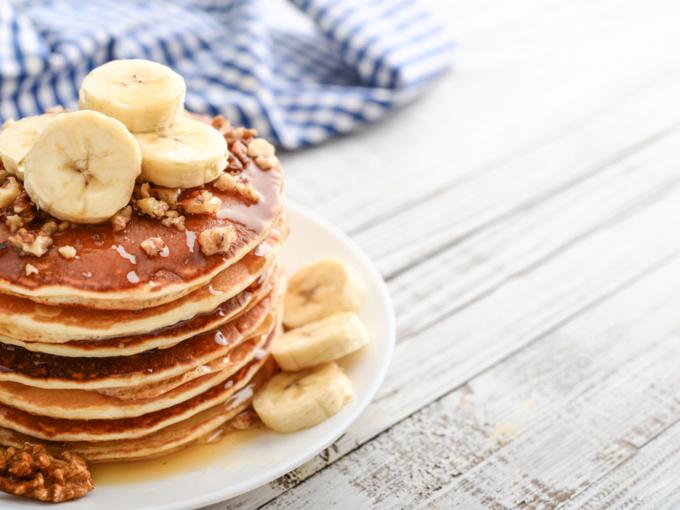 4-ingredients-banana-pancakes LR